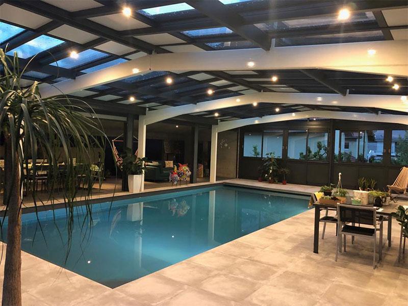 veranda-piscine-atrio-grenoble-suisse