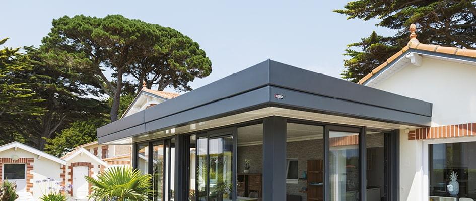 La toiture plate des vérandas et extensions